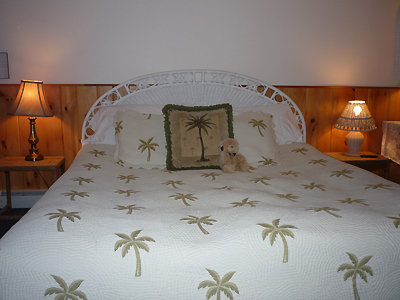 king bed in room 4